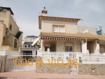 CV0469, 3 Bed, 2 Bath detached villa with garage