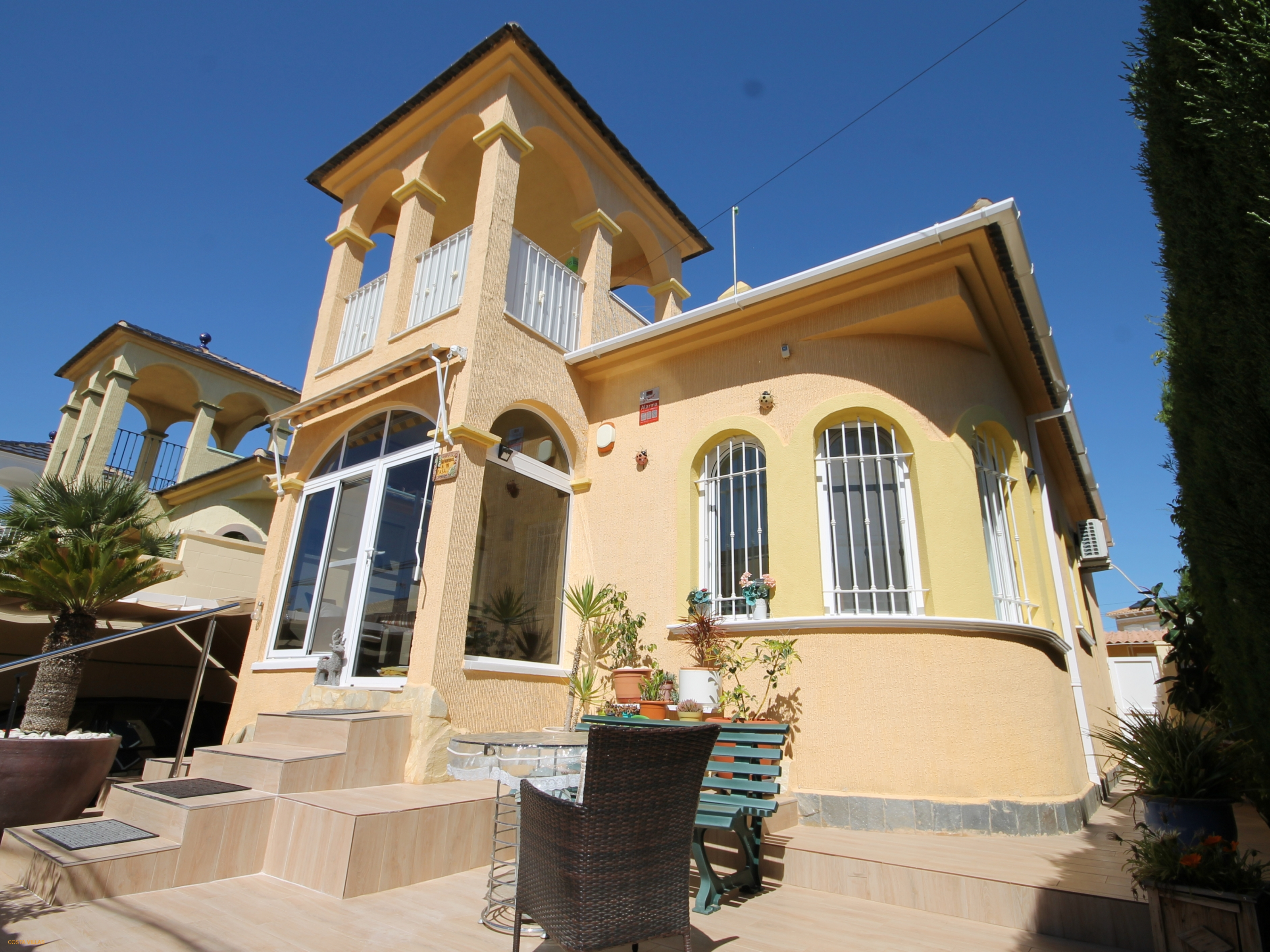 2 Bed Detached villa with plunge pool