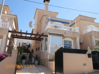 4 Bedroom detached with sea view