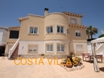 CV0410, Fantastic 7 bed, 5 bath villa with established B&B