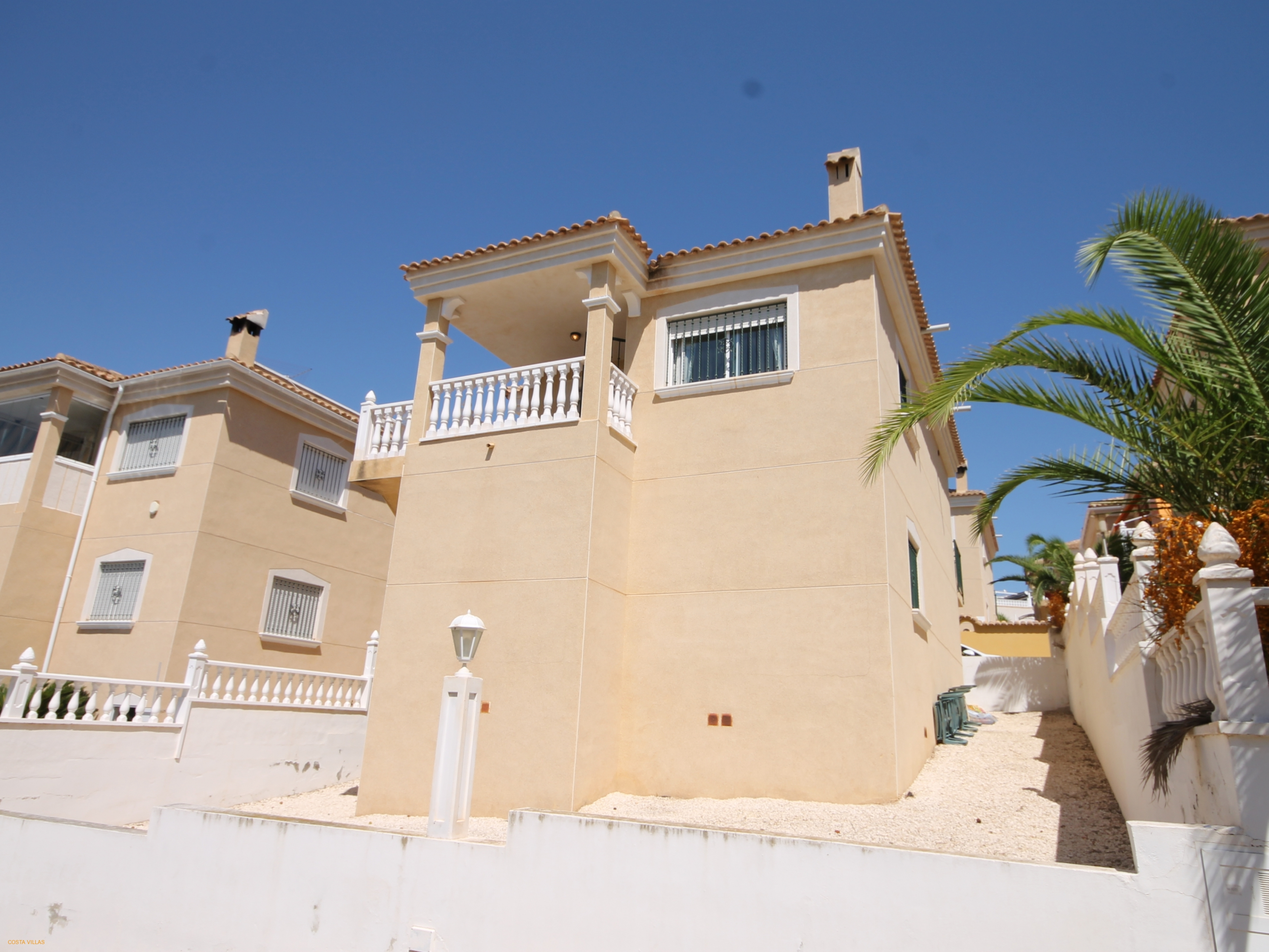 2 bed. 2 bath villa with very large garage